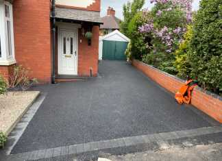 New SMA Tarmac Driveway in Stockport